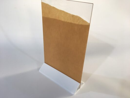 menu mica a5 đế tam giác