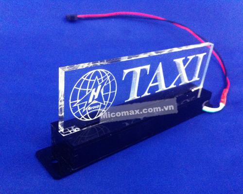 hộp taxi bằng mica